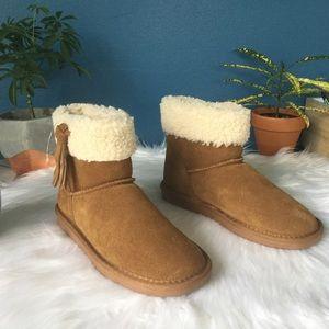 Minnetonka Winter Boots NWOT
